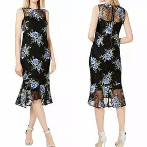 NWT CALVIN KLEIN Floral embroidered Dress Size 6